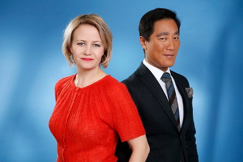 Fredrik Solvang, her sammen med programlederkollega Sigrid Sollund, får kritikk for sin utspørring av Siv Jensen i Dagsnytt atten tirsdag.