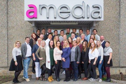 Rekord-teamet i Amedia SMB er storfornøyd med økningen de så i både omsetning og antall kunder i 2017.