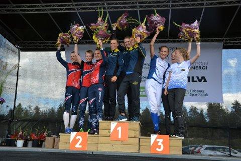 PÅ A-LAGET: Norge tok andreplass på stafetten under prøve-VM/World Cup i forrge måned, bak Sverige, men foran Finland. De norske jentene er fra venstre: Kamilla Olaussen, Marianne Andersen og Silje Ekroll Jahren.