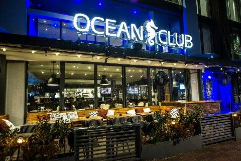 Huseieren mener Ocean club og OMG skylder flere millioner kroner i husleie. Nå er begge selskapene konkurs.