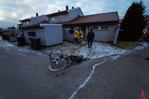 Tok fyr: Denne elsykkelen sørget for at det begynte å brenne i et hus på Østsiden søndag formiddag.