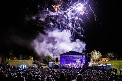 FINNER ALTERNATIVER?  Når neste års Tall Ships Races avsluttes med en ny Musical Fireworks-konsert, vurderer arrangørene mer miljøvennlige alternativer – deriblant lasershow.