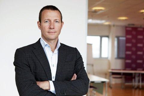 Bekymret. Harald J. Adersen, direktør i Virke Handel,  er bekymret for den stadig økende grensehandelen.