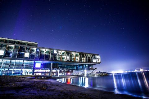 FARRIS BAD: Farris Bad er et spahotell på Batteritomta i Larvik. Hotellanlegget har vært omstridt, og det har tatt nesten 20 år fra Mille-Marie Treschow lanserte idéen til bygget var realisert.