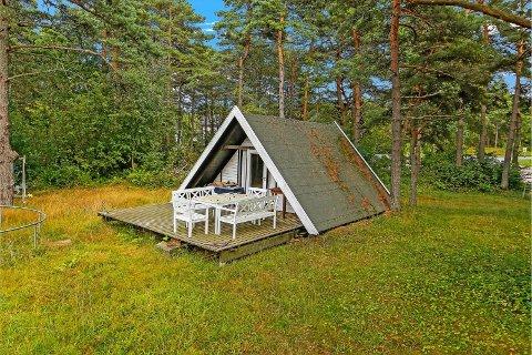 SPESIELT: Hytta, som ligger på Åsebu, står oppført som null kvadratmeter stor på grunn av for lav takhøyde.