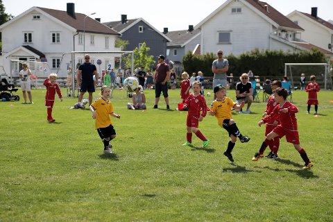 Ufrivillig opphold: Denne uken har all organisert idrettsaktivitet blitt stoppet. Det gjør at hundretusenvis av barn og unge ikke får trent organisert gjennom sitt idrettslag.