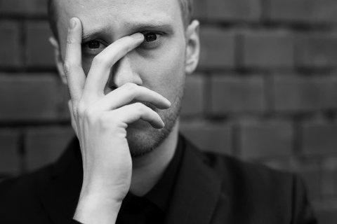 RØTTER: - Jeg er stolt over å være fra Fredrikstad. Det er her jeg har røttene mine, sier Andreas Humlekjær, kandidat i Årets Talent-klassen. Han skal neste år debutere som musikalkomponist.