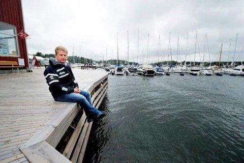 Rune Kilebu  forteller at det nå er planer om enda en ny havn i samme område, men noen hundre meter unna.
