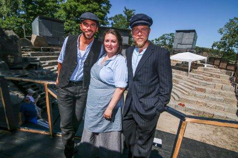 11. juli: Snart er det nypremière på «Brottsjø». Morten Gjerløw Larsen, Aina B. Gundersen og Knut Sigurd Bygland spiller tre sentrale roller.