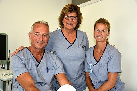 Starter ny praksis: Arvid van der Hagen (55) har startet ny praksis for urologi på Glommen brygge sammen med assistent Linn Høst (t.h.) og helsesekretær Elisabeth Knædal.