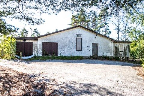 Rehabilitering: Dette bygget som skal renoveres totalt slik at avdeling Møllehjulet på Kvernhuset skole kan ta det i bruk til undervisning.