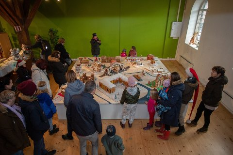 Suksess: Pepperkakelandsbyen var en gedigen suksess hos Fredrikstad museum i 2018. Det bidro sterkt til besøksøkningen.