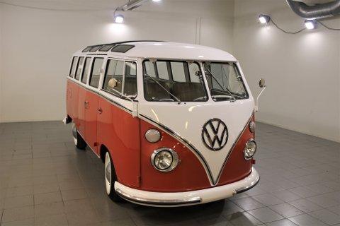 Klassiker: Volkswagen Transporter T1 Samba - også kjent som Sunroof Deluxe.