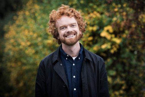 PÅ TV: Programleder, komiker og sarping Mikkel Niva (31) skal lede årets TV-Aksjon på NRK1 søndag 20. oktober, sammen med flere kjente TV-personligheter.