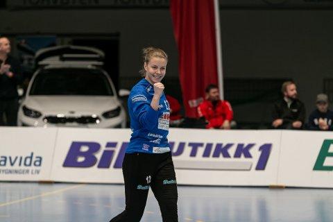 STENGTE BURERT: Hanne Sagvold sto en kjempekamp mot Gjerpen søndag. Keepertalentet noterte seg for en redningsprosent på 46,7
