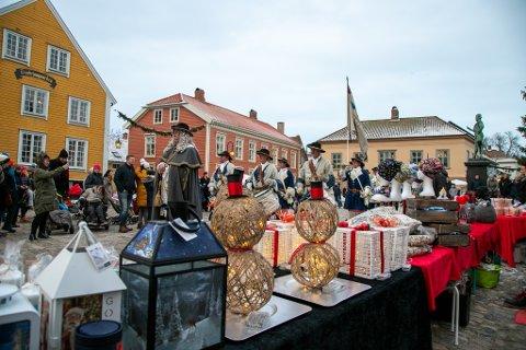 """Det tradisjonelle julemarked i Gamlebyen er avlyst. Dette  bildet er fra """"Jul i Gamlebyen"""" i fjor."""