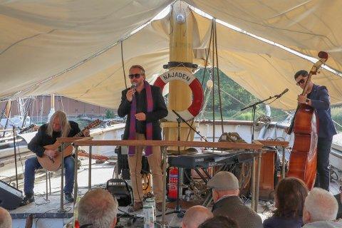 TRIST: Alexander Hermansen kjenner Ari Behns far godt. Begge er delaktig i båtmiljøet på Isegran.