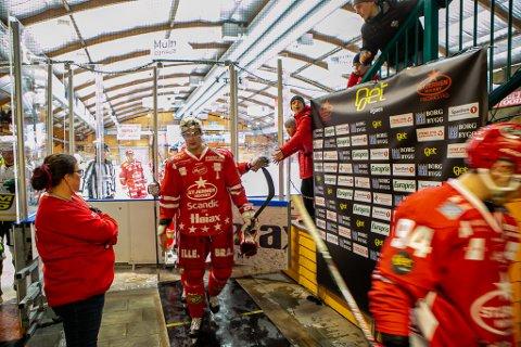 Andrew O'Brien har knapt pådratt seg en utvising, før han fikk 2 + 10 minutter på Lillehammer lørdag kveld.