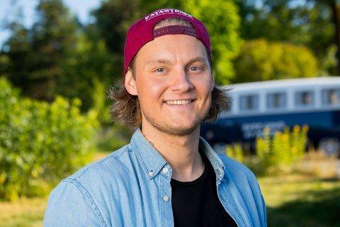 Fikk bare en kanal: Petter Kristiansens tolkning av Prima Vera havnet bare på YouTube. Rettigheter stopper andre kanaler.