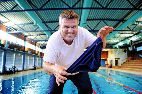 SPENT: Leder Frode Eliassen i  Kongstensvømmerne er spent om det åpnes opp for organisert svømming i Kongstenbadet den 1. juni.