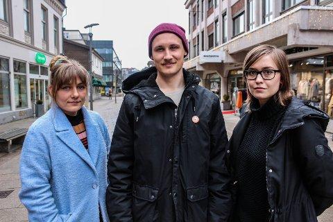 Hannah Berg (f.v.), Hermund Dale og Sol Skipnes i Rødt håper å kunne etablere lokallag med egne lister i Råde og Hvaler kommune før høstens kommune- og fylkestingsvalg.