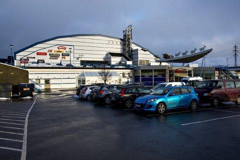 BØR FÅ ERSTATNING? Østfoldhallens eiere signaliserer til Fredrikstad kommune at det kan bli aktuelt å søke erstatning dersom politikerne vedtar bygge- og deleforbud.