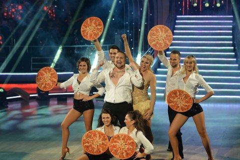 """En godt stekt pizza: Dette bildet er fra da Stian Thorbjørnsen var med iTV2 programmet """"Skal vi danse"""" i 2016. I  showdansen fikk han bruk for gamle kunster. I kveld blir det enda mer MGP."""
