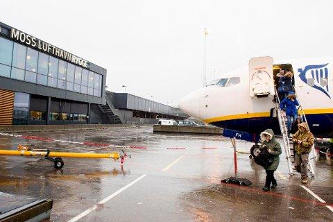Trenger ny flyplass: Kjeller legges ned, og dermed må småflyentusiaster finne et nytt sted. Aps Svein Roald Hansen spør om ikke Rygge kan bli en ny småflyplass.