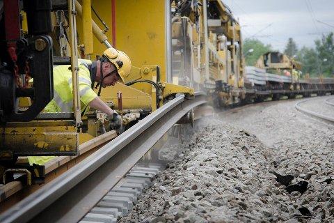 Stengt.Under deler av påsken vil Østfoldbanen være stengt grunnet vedlikeholdsarbeider.