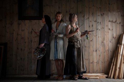 Denne påsken har du en unik mulighet til å se arbeidene til tre av Norges fremste malerinner. Utstillingen «Kvinner maler menn» tar for seg kvinnens betraktelser av mannen – noe som i kunsthistorien er helt unikt.