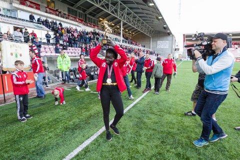 HYLLET PÅ STADION: i 2017 ble Grace Bullen hyllet på Fredrikstad stadion etter EM-gullet. Nå kan det bli en ny tur for brytestjernen.