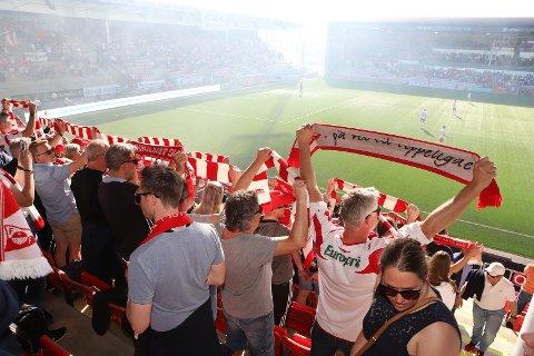 CUPSTEMNING? Slik så det ut da FFK slo Stjørdals/Blink 16. mai. Onsdag spilles en ny godbit for publikum: Sarpsborg 08 i cupens andre runde.