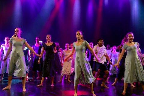 Kulturskolen: Det blir afrikansk og modernes dans i regi av kommunens kulturskole i sommer - helt gratis.