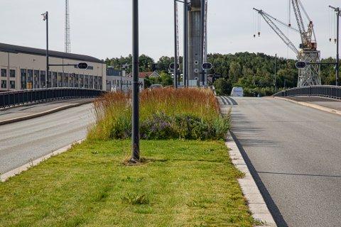 Ny stil: Ikke alle er begeistret for den nye «sveisen» til fylkesvei 108 mot Værste.