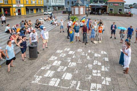 MARKERER: Fjorårets markering gikk av stabelen på Firskebrygga, men i går blir det familie- og mangfoldsdag i Gamlebyen.