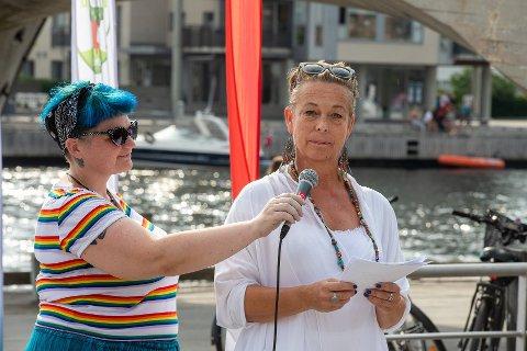 – Jeg ønsker at HELE Fredrikstad skal bli en rasismefri sone, skriver Helga Aakre. Her under markeringen av Fredrikstad Mangfold.