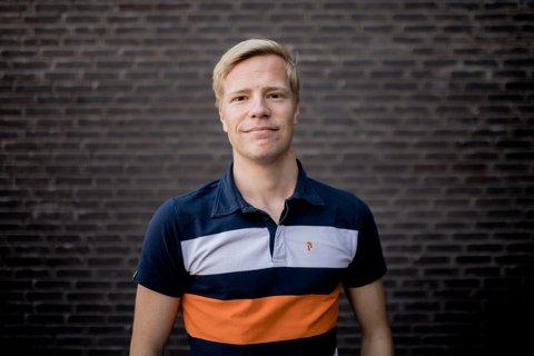 JOBB: Lasse Simonsen fra Fredrikstad er gjennom sin sommerjobb med på å utvikle en helt ny bydel i København.