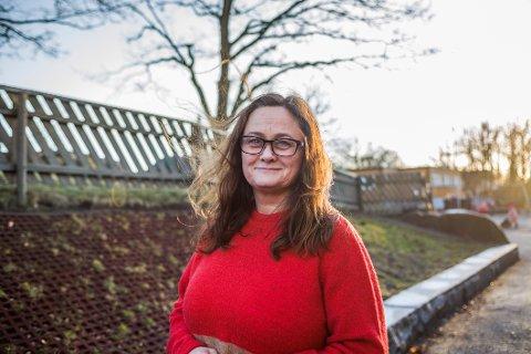 Laila Eliassen i Trosvik barnehage er blant barnehagelederne som nå oppfordrer foreldre til å ta barna ut av barnehagen i påskeferien, om de har mulighet til det. Årsaken er behovet for en pause fra den spesielle barnehagehverdagen som koronapandemien krever.