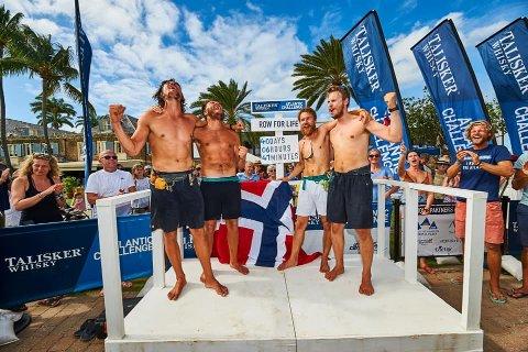 Endelig i land: Row for life kunne slippe jubelen løs etter målgangen i Kariabia. Anders Mathiesen fra Fredrikstad er nummer tre fra venstre.
