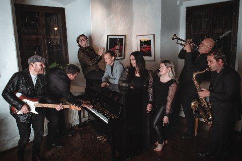 Chris Grant Company spiller på Båthuset Scene.