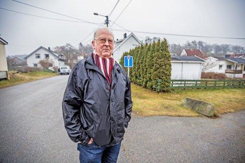 Per Ivar Rasmussen, leder for Trara lokalsamfunnsutvalg, pekte på konsekvensene ved  å bygge tunnel og åpen byggegrop, med riving av et stort antall hus. Nå legges tunnelforslaget bort.