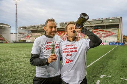 Joakim Klæboe, Bjørn Johansen og resten av FFK-gjengen feiret opprykket skikkelig søndag. Nå kommer det også en belønning på kontoen.