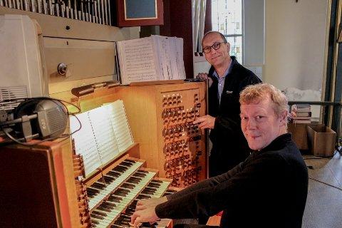 Dan René Dahl (nærmest) og Tore Erik Mohn ser frem til Egil Hovland-festivalen starter 16. oktober.