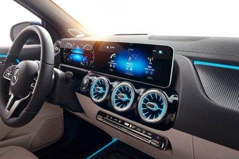 Et dashbord som er lett gjenkjennelig. Dette er typisk Mercedes anno 2020.