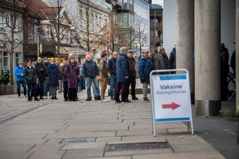 I fjor var det stor pågang da kommunen tilbød influensavaksine til risikogruppene. I år er vaksineringen flyttet fra rådhuset til vaksinasjonssenteret på Dokka.
