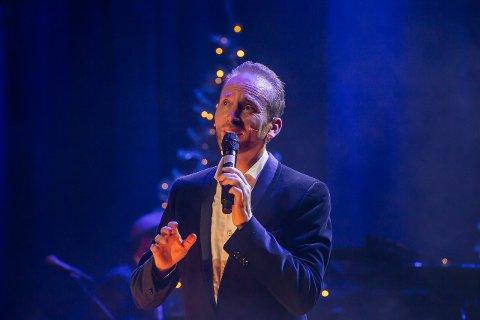 Erik-André Hvidsten spiller juleshow på Blå Grotte i Fredrikstad, Sarpsborg scene og Tune kirke.