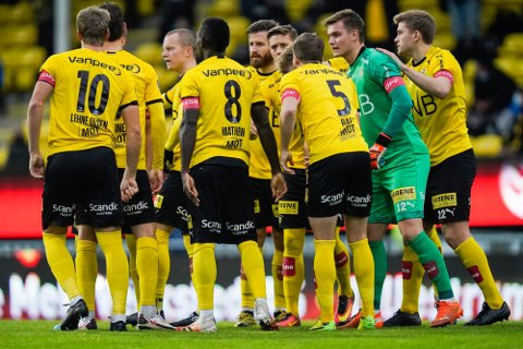 RETTIGHETER: Kampen om å sikre TV-rettighetene for norsk fotball er i gang. Foto: Håkon Mosvold Larsen (NTB)