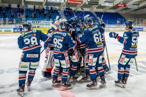 En vei fortsatt: Sparta Sarpsborg har ni spillere klare for kamp, og det er fortsatt en lang fram til klubben kan spille kamp.