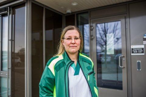RING FØRST: Det er legevaktsleder Inger Marie Moksnes' klare oppfordring til Fredrikstads innbyggere.
