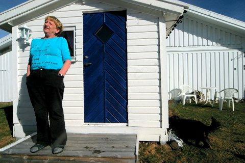 Flyttet over grensen: Fredriksstad Blad på besøk hos Greta Kristoffersen i Strömstad i 2005. Hun hadde da solgt huset sitt i Fredrikstad og har flyttet til  Sverige.